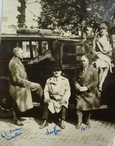 Léon van den Haute en collega's, jaren 1920.