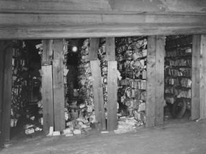 Archiefchaos in de garage van het Witte Huis (Washington, D.C.) in 1935: hier mocht een archivaris niet voor terugdeinzen.