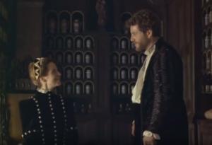 De ontmoeting tussen Catharina de Medici en Michiel Nostradamus op het kasteel van Blois in 1555: uit de gelijknamige film Nostradamus (1994). De figuur van Nostradamus spreekt tot op de dag van vandaag tot de verbeelding.