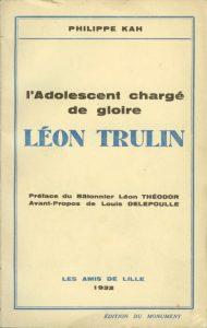 Publicatie L'adolescent chargé de gloire uit 1932 van Philippe Kah.