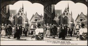 Drukte in het Belgisch dorp op de wereldtentoonstelling van 1933 in Chicago.