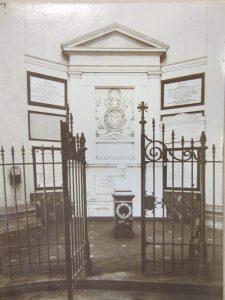 De buste van Wellington in de Sint-Jozefkerk.